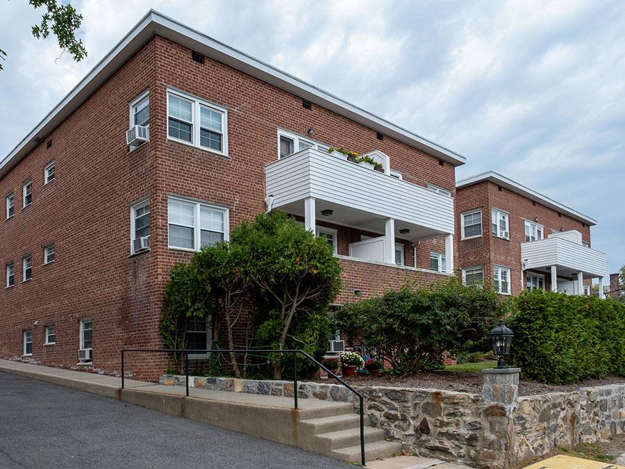 Ryeview Condominiums